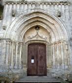 Porche de l'église XIII° siècle.