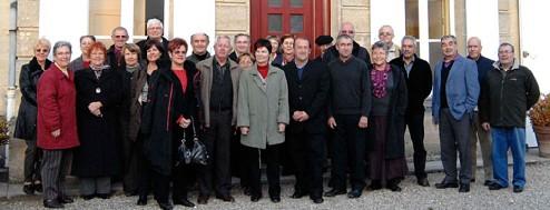 Les élus avec les membres de l'association locale et le CA